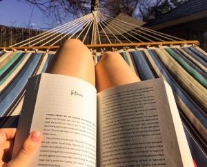 001-hammock-reading